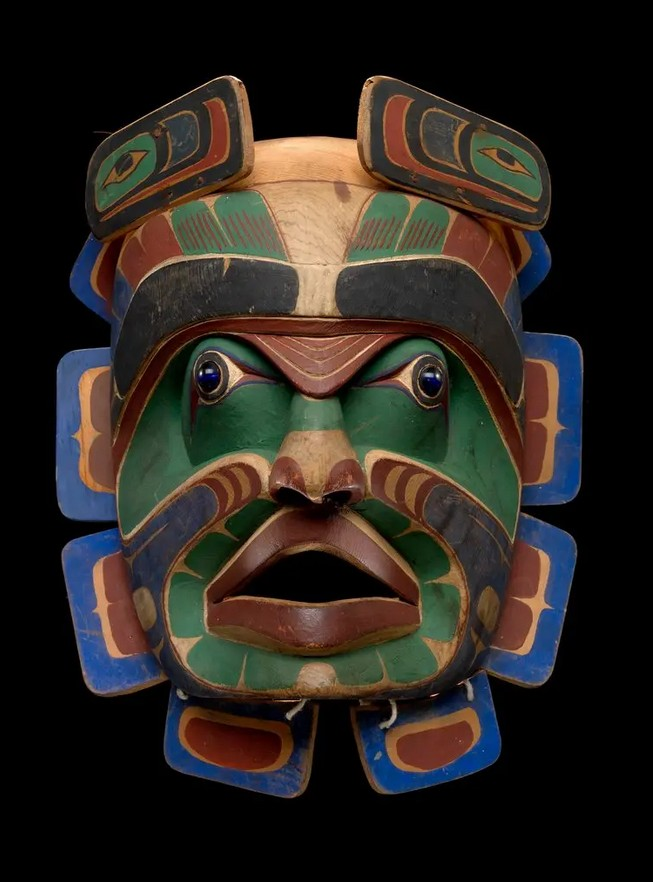 A potlatch dance mask made by the carver Bob Harris, a member of the Vancouver Island Tribe, around 1900